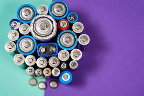 What are the common types of battery