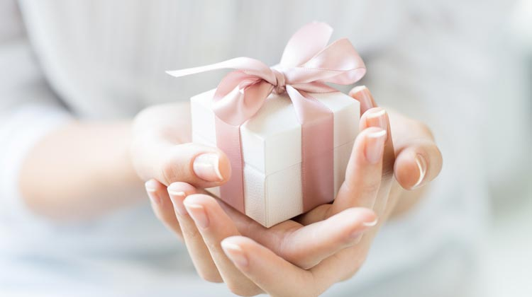 What Do You Write On A Personalized Gift