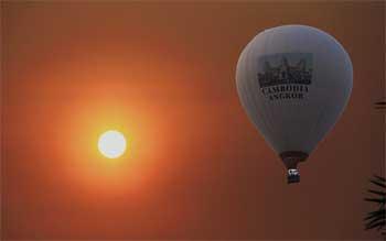 Hot Air Balloon Rides go