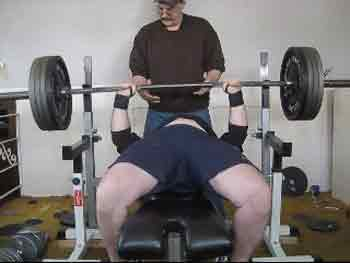 What are the best benefits of bench press max